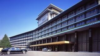 hotel-okura1-01.jpg